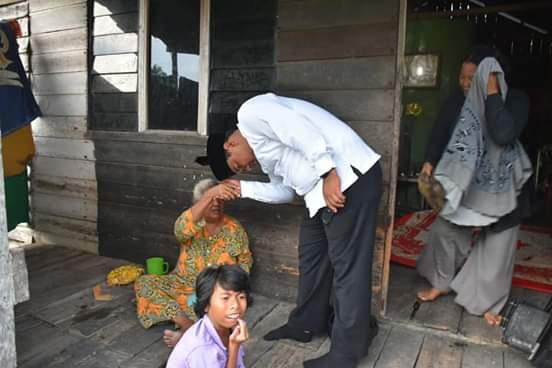 Wali Kota Tanjungbalai Kunjungi Korban Kebakaran