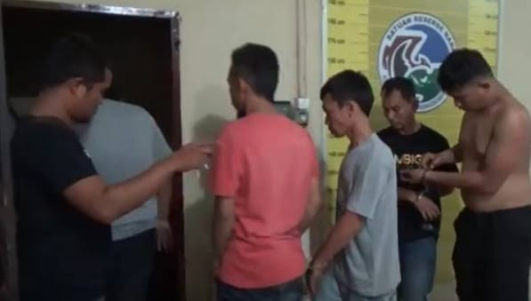 7 Oknum polisi di Poldasu yang ditangkap di diskotik dan diduga memakai ekstasi.