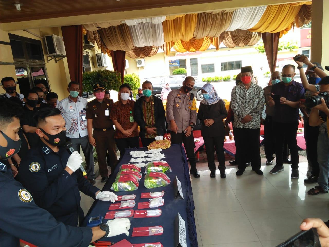 Pemusnahan sabu dan ektasi di Polres Tanjungbalai