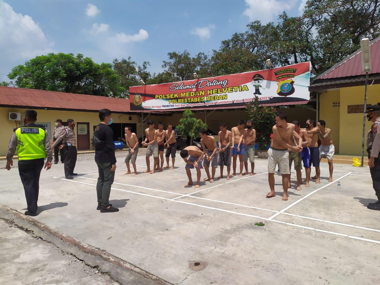Tahanan Diajak Olahraga, Berjemur dan Cukur Rambut