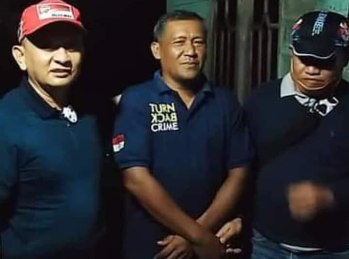 (Richad Silaban/taslabnews) Kepala Desa Bulungihit, Kecamatan Merbau, Sarpin, tersangka kasus korupsi APB Desa ditangkap Kejagung dan Kejatisu.