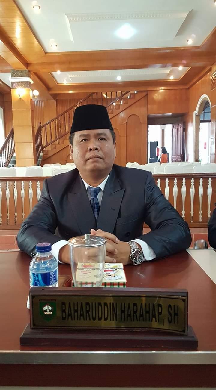 Ketua DPRD Asahan Baharuddin Harahap.