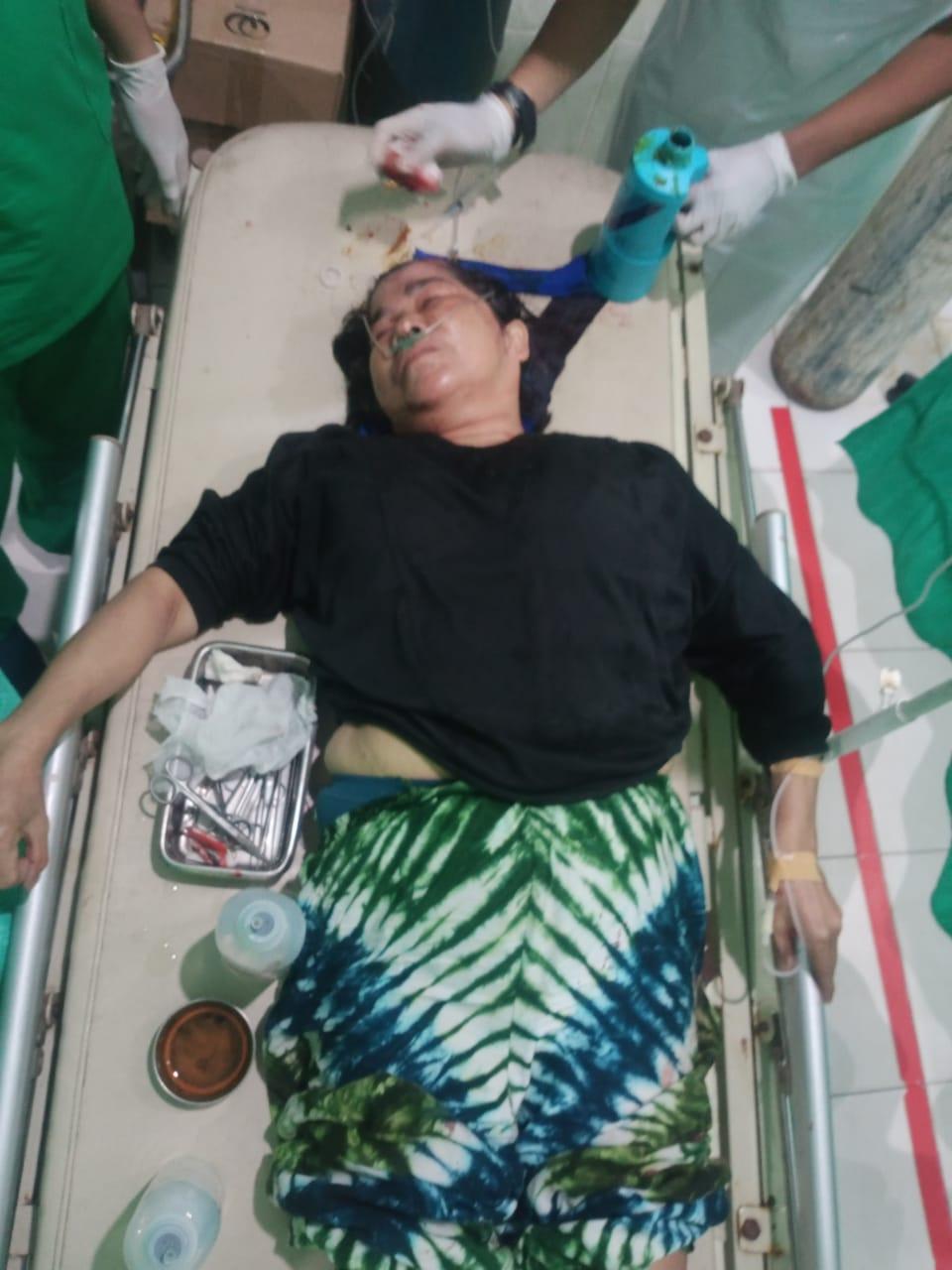 Korban kecelakaan saat dirawat di rumah sakit