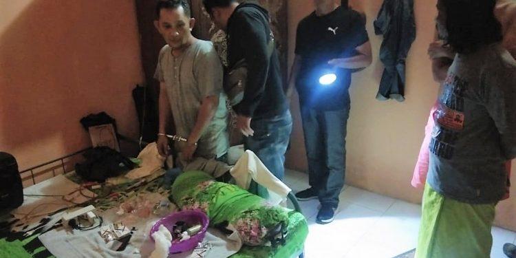 Personil Polres Tanjungbalai meringkus tersangka kurir sabu.