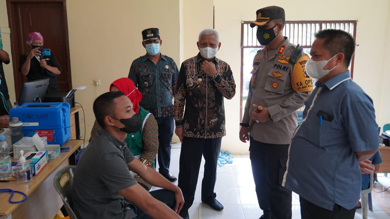Bupati Tinjau Vaksinasi 1.647 Warga yang Digelar Polres Asahan