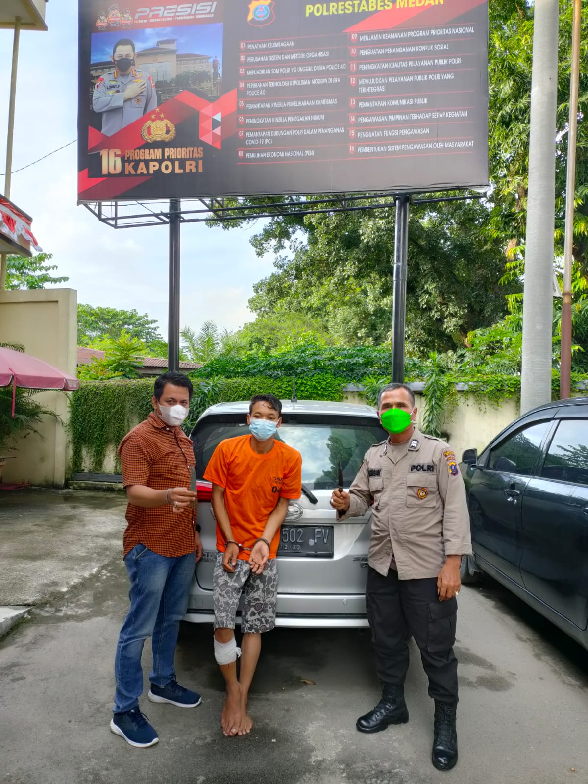 Kaki Tersangka Perampok Sopir Taxi Online Ditembak, 2 Temannya Berhasil Kabur